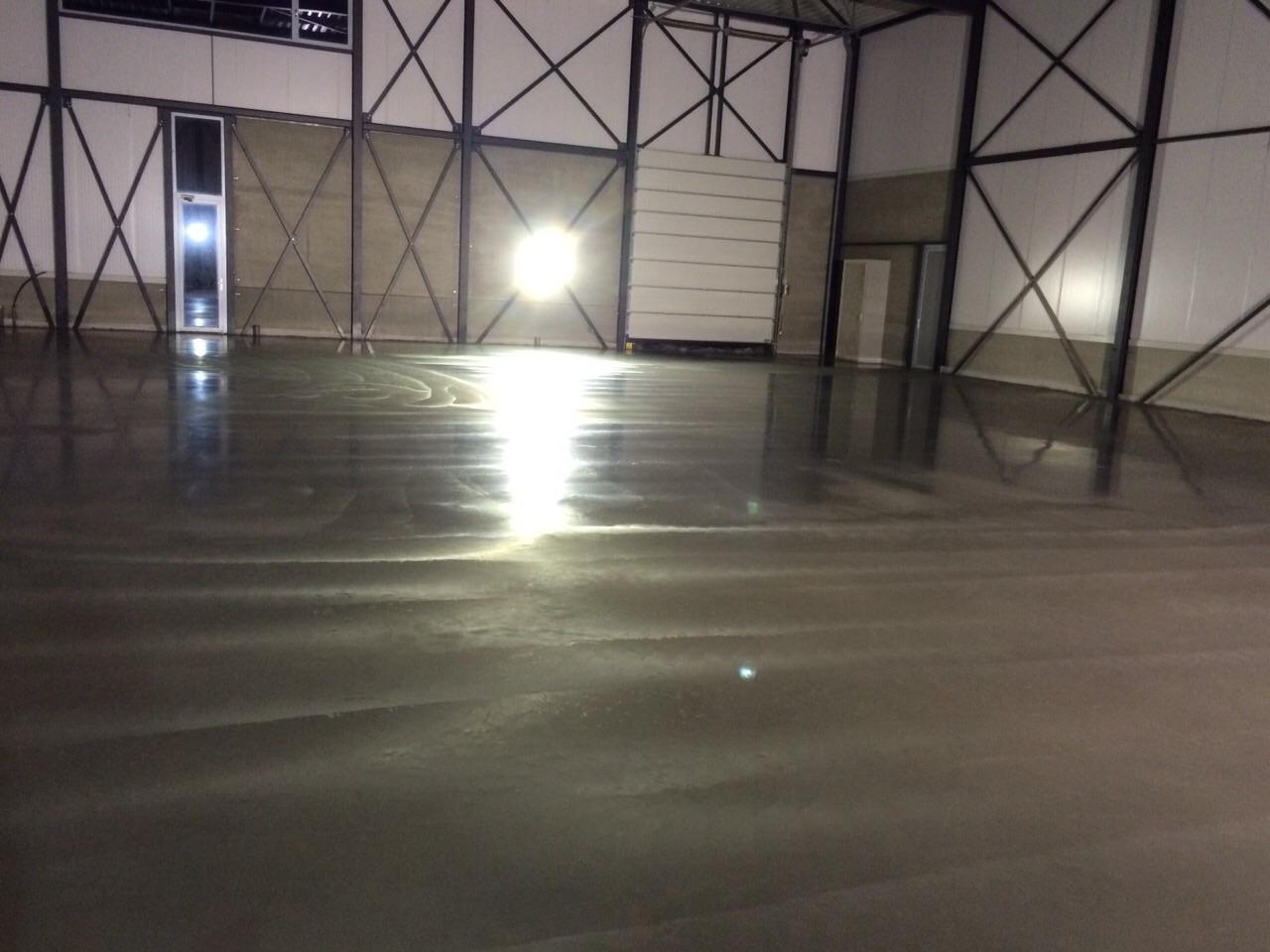 Afgewerkte betonvloer
